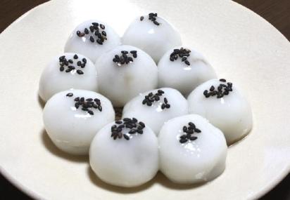 黒糖だんご(Banh troi)